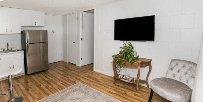 2845 Waialae Ave Unit 113-large-005-9-Living Room-1500x1000-72dpi