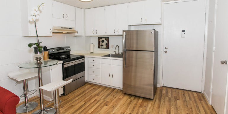 2845 Waialae Ave Unit 113-large-006-5-Kitchen-1500x1000-72dpi