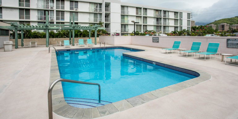2845 Waialae Ave Unit 113-large-015-8-Community Pool-1500x1000-72dpi