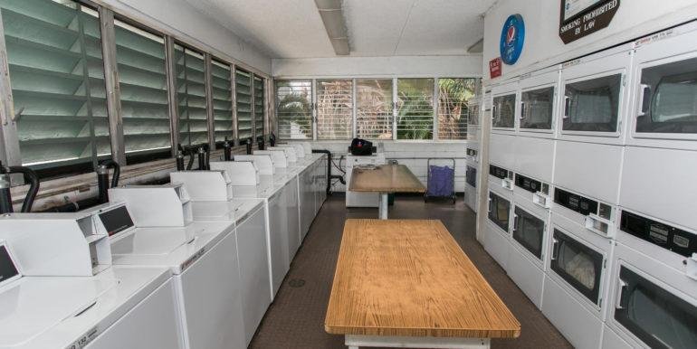 2845 Waialae Ave Unit 113-large-017-10-Laundry Room-1500x1000-72dpi