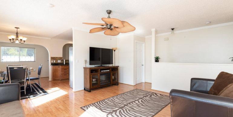87891 Kulauku St Waianae HI-large-004-7-Living Room-1500x1000-72dpi