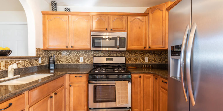 87891 Kulauku St Waianae HI-large-007-6-Kitchen-1500x1000-72dpi