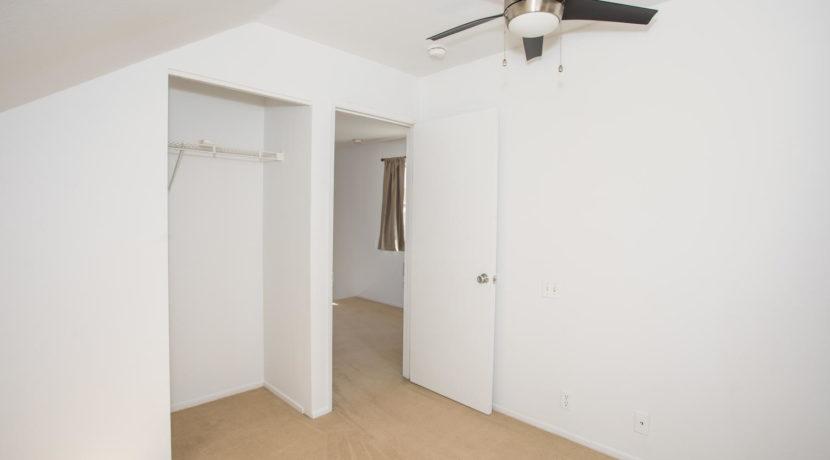 91244 Leleoi Pl Unit 22 Ewa-large-020-7-Upstairs Bedroom-1500x1000-72dpi