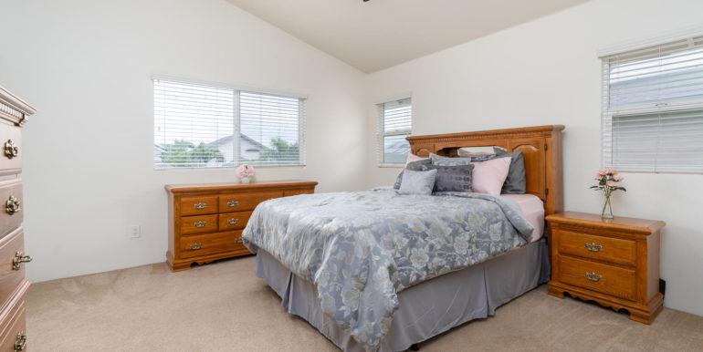 911011 Kai Loli St Ewa Beach-large-016-18-Master Bedroom-1500x1000-72dpi