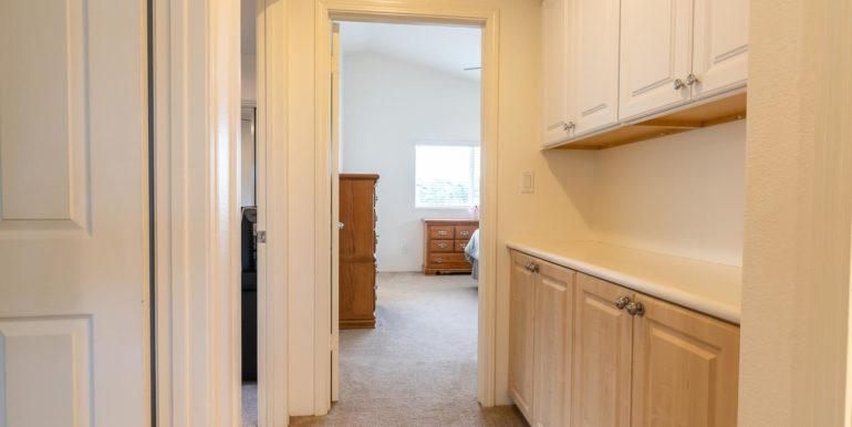 911011 Kai Loli St Ewa Beach-large-026-12-Linen Cabinets-1500x1000-72dpi