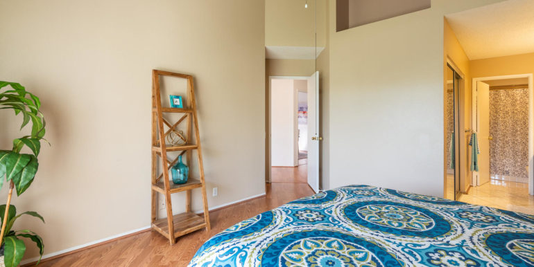 91919 Laaulu St Unit 2B Ewa-large-009-18-Master Bedroom-1500x1000-72dpi