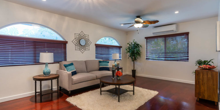 1902 Kuapapa Pl Honolulu HI-007-6-Living Room-MLS_Size