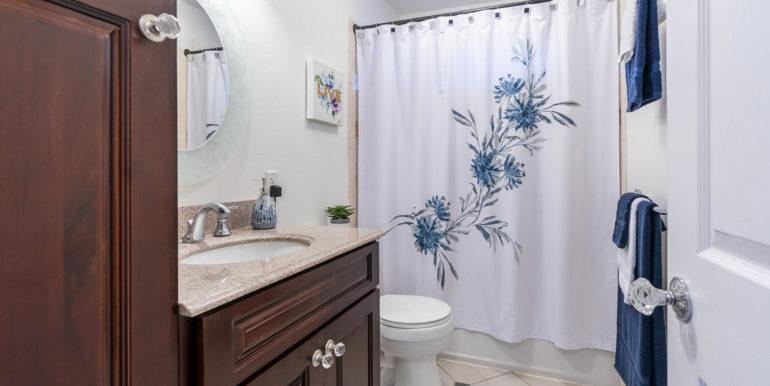 1902 Kuapapa Pl Honolulu HI-020-10-Bathroom-MLS_Size