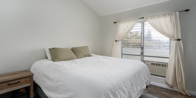 921284 Kikaha St 65 Kapolei HI-007-15-Master Bedroom-MLS_Size