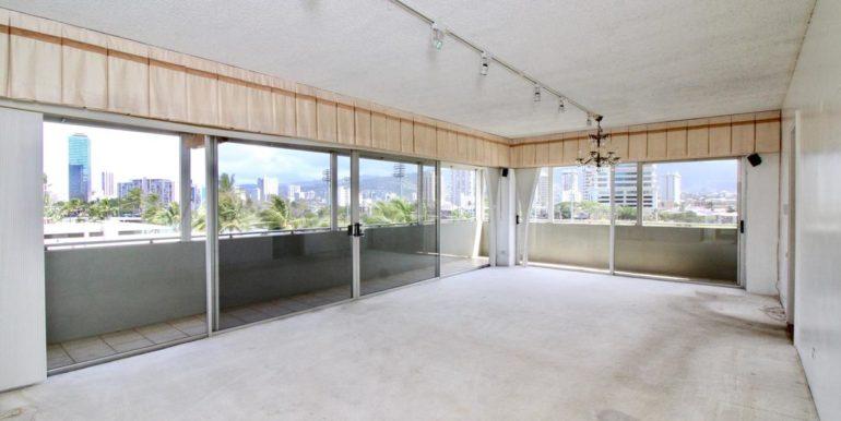 2015 Ala Wai Blvd 5C-005-31-LivingDining Room-MLS_Size