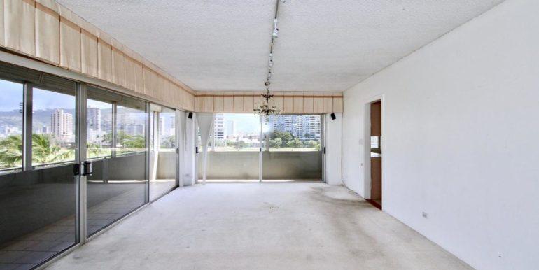 2015 Ala Wai Blvd 5C-006-28-LivingDining Room-MLS_Size