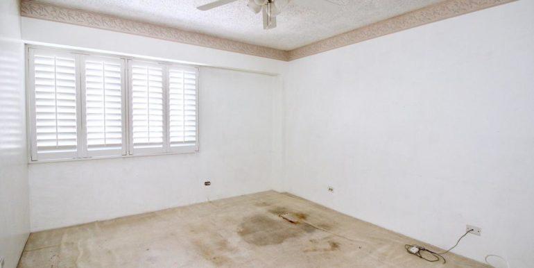 2015 Ala Wai Blvd 5C-022-6-Master Bedroom-MLS_Size