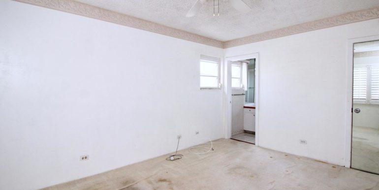 2015 Ala Wai Blvd 5C-023-22-Master Bedroom-MLS_Size