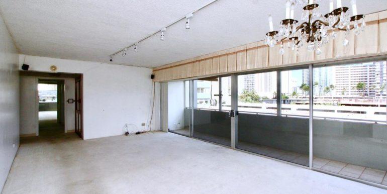2015 Ala Wai Blvd 5C-031-23-Dining RoomLiving Room-MLS_Size