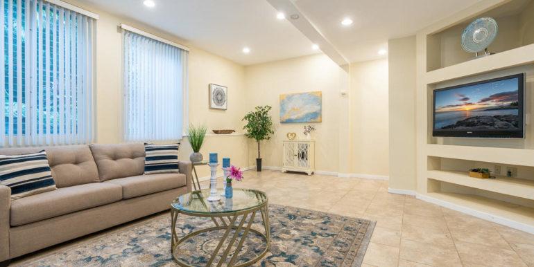 1202 Kelewina St Kailua HI-004-1-Living Room-MLS_Size