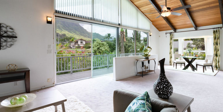 1202 Kelewina St Kailua HI-013-48-Family Room-MLS_Size