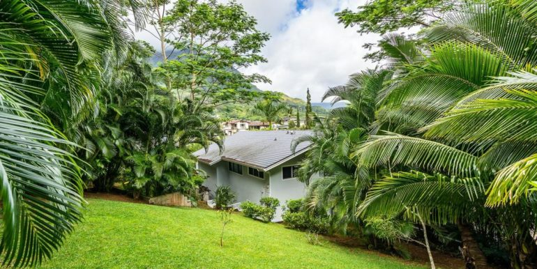1202 Kelewina St Kailua HI-042-47-Back Yard-MLS_Size