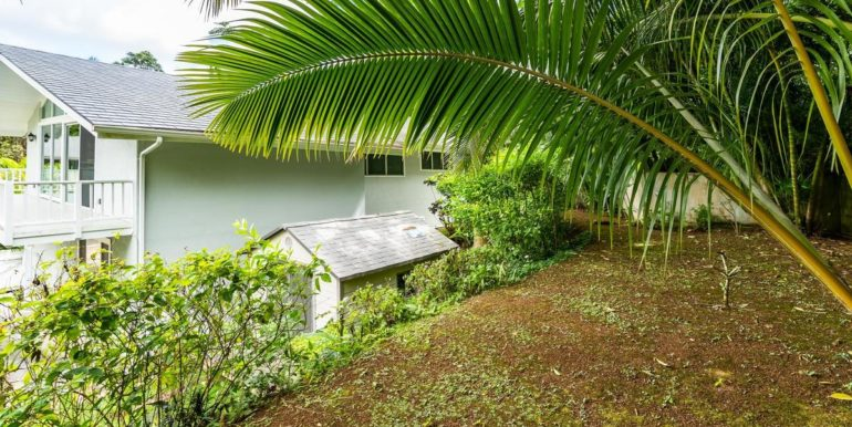 1202 Kelewina St Kailua HI-044-27-Back Yard-MLS_Size