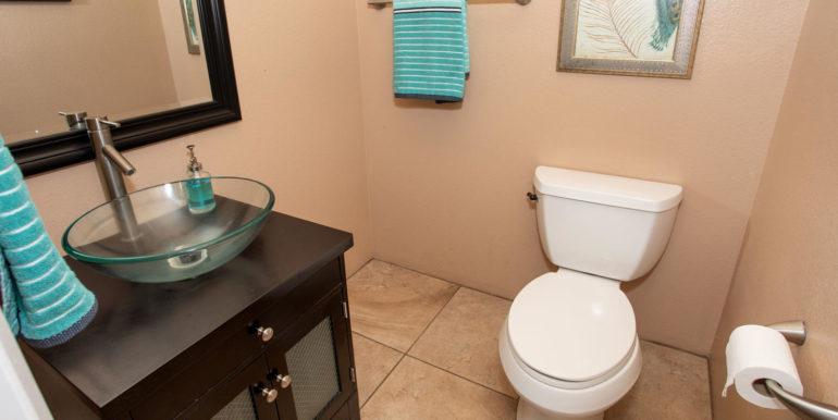 911033 Maulihiwa St Kapolei HI-large-012-9-Main Bathroom-1500x1000-72dpi