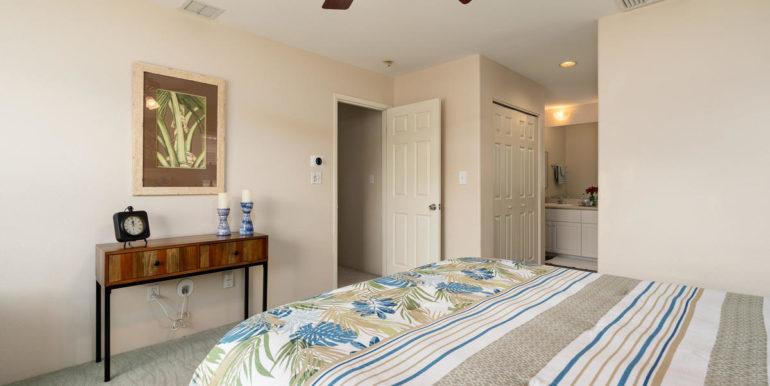 911075 Lanakoi St Kapolei HI-017-027-Master Bedroom-MLS_Size