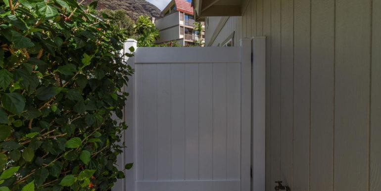 84575 Kili Dr 36 Waianae HI-033-035-Large Gate-MLS_Size
