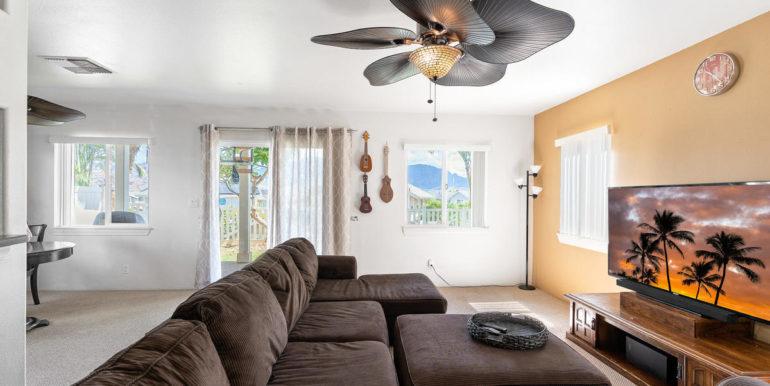 872061 Pakeke St Waianae HI-005-033-Living Room-MLS_Size