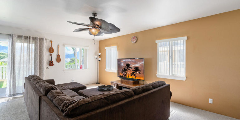 872061 Pakeke St Waianae HI-006-036-Living Room-MLS_Size