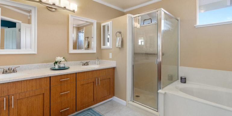 941109 Nawele St Waipahu HI-017-036-Master Bath-MLS_Size