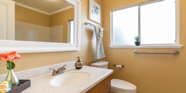 941109 Nawele St Waipahu HI-023-020-Bathroom-MLS_Size