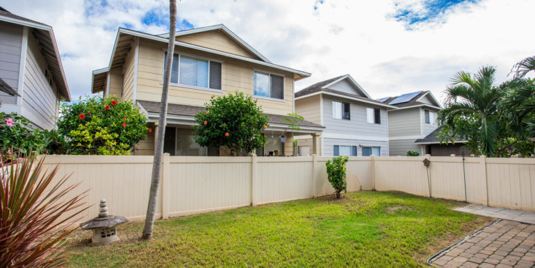 911040 Komoaina St Ewa Beach-large-022-020-Backyard-1500x1000-72dpi