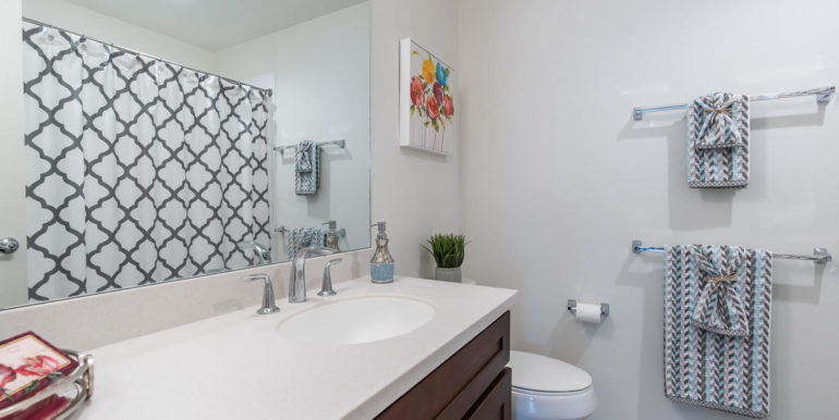 94470 Paiwa St 23 Waipahu HI-023-015-Bathroom-MLS_Size