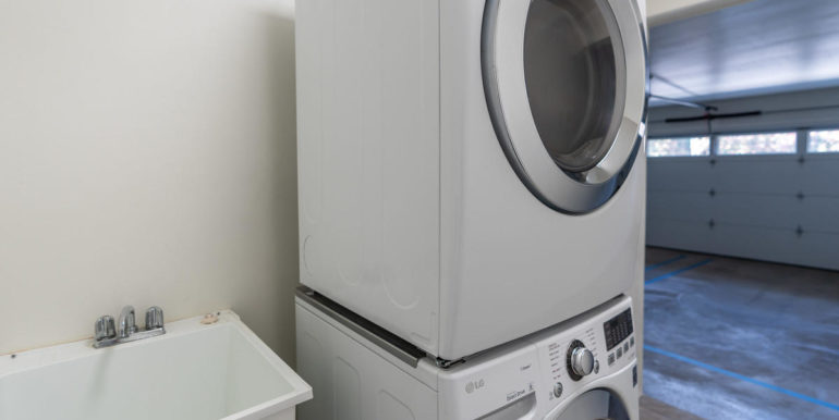 94470 Paiwa St 23 Waipahu HI-024-019-Laundry-MLS_Size