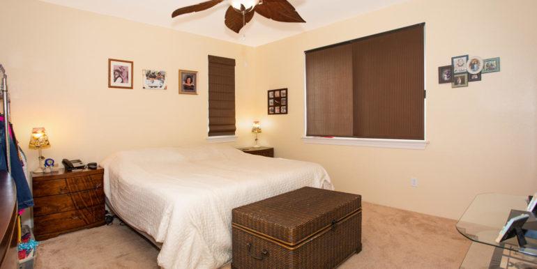 1297 Kukulu St Kapolei HI-large-014-009-Master Bedroom-1500x1000-72dpi