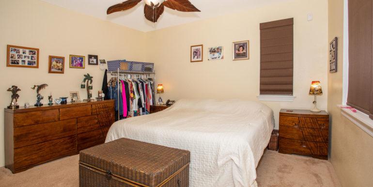 1297 Kukulu St Kapolei HI-large-015-019-Master Bedroom-1500x1000-72dpi