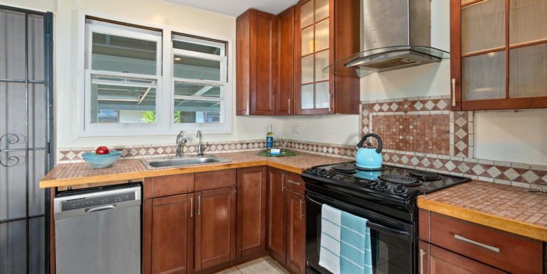 1413 Nnkai St Pearl City HI-013-010-Kitchen-MLS_Size