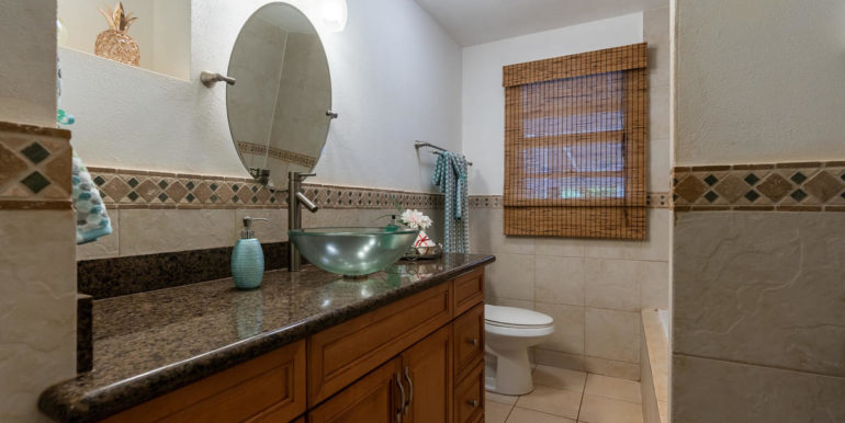 1413 Nnkai St Pearl City HI-022-020-Bathroom-MLS_Size
