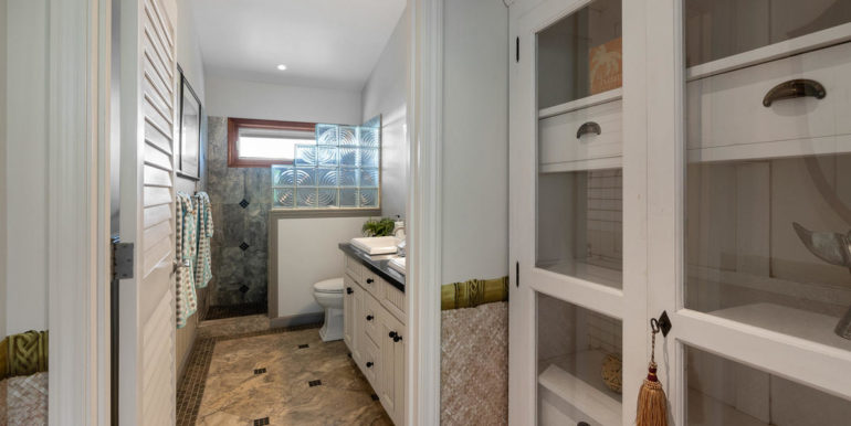 841469 Maunaolu St Waianae HI-047-046-Bathroom-MLS_Size