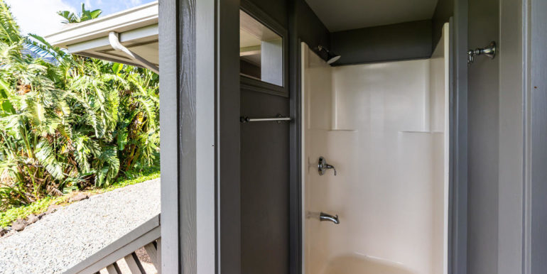 841469 Maunaolu St Waianae HI-056-040-Outdoor Shower-MLS_Size
