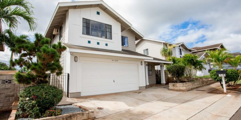 941049 Pouhana Way Waipahu HI-large-001-003-Front of Home-1500x1000-72dpi