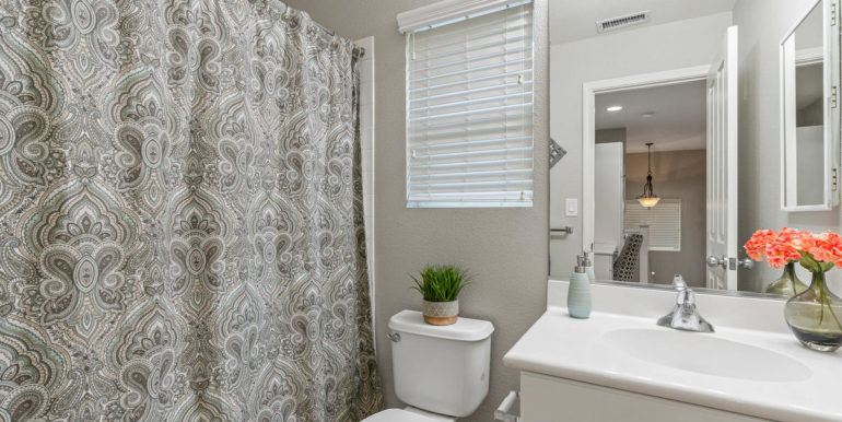 911227 Kaileolea Dr Ewa Beach-026-027-Bathroom-MLS_Size