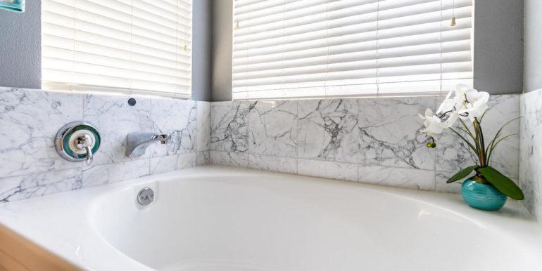 911023 Kai Kukuma St Ewa Beach-026-021-Master Bath-MLS_Size