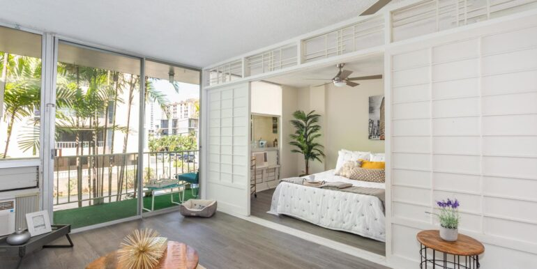 1505 Kewalo St Unit 202A-large-016-010-Living RoomBedroom-1500x1000-72dpi