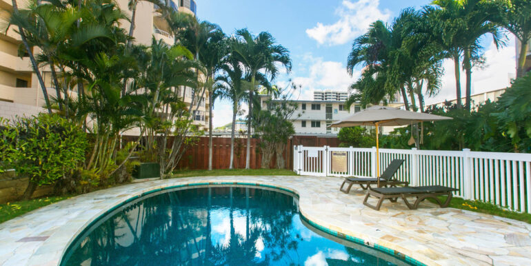 1505 Kewalo St Unit 202A-large-029-029-Community Pool-1500x1000-72dpi