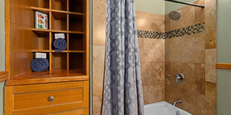 86258 Kawili St Waianae HI-032-033-Bathroom-MLS_Size