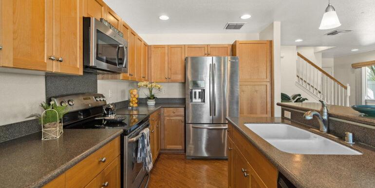 871040 Anaha St Waianae HI-010-007-Kitchen-MLS_Size