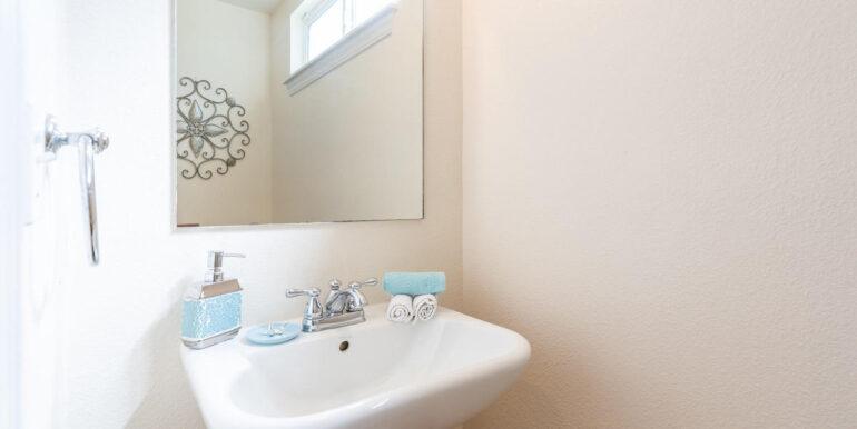 871040 Anaha St Waianae HI-013-010-Half Bathroom-MLS_Size