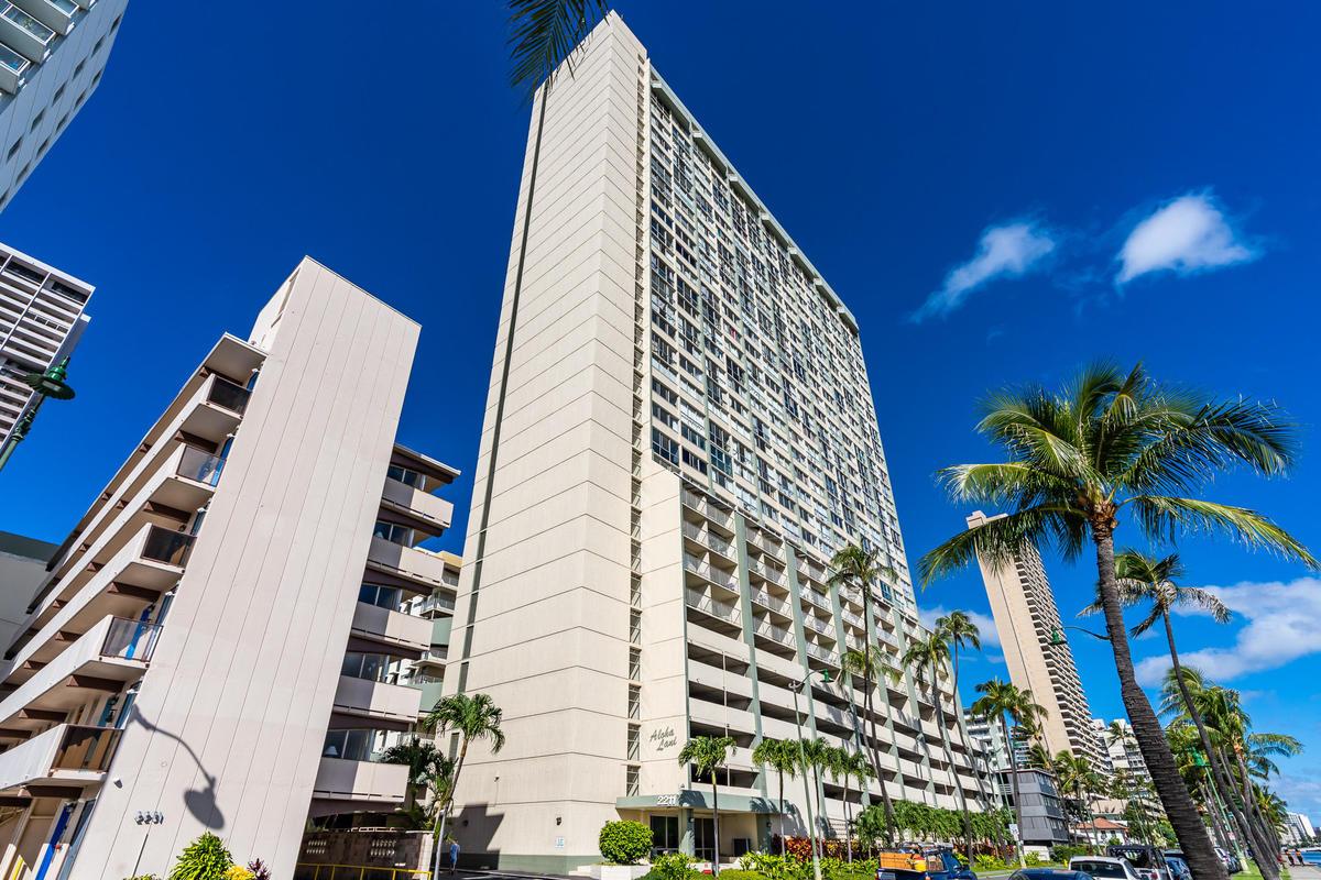 2211 Ala Wai Blvd #2702, Honolulu 96815