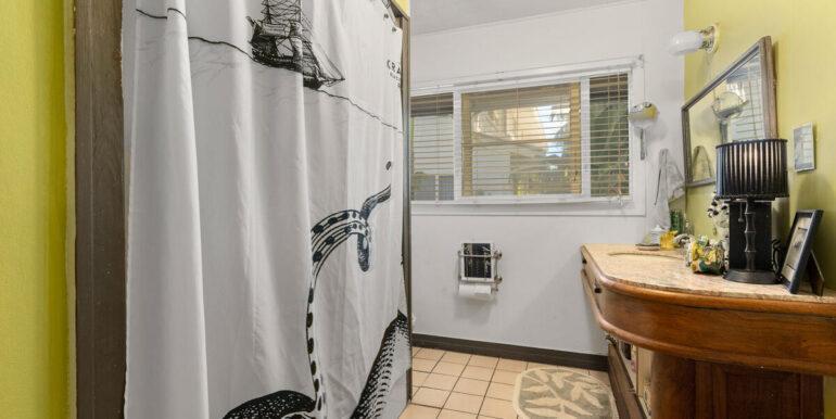 59650 Kamehameha Hwy Haleiwa-020-024-Bathroom-MLS_Size