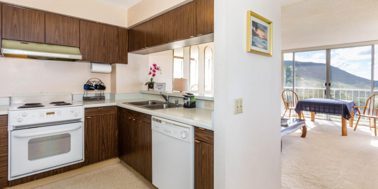 84770 Kili Dr Unit APT 435-large-009-020-KitchenLiving Room-1500x1000-72dpi