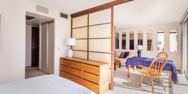 84770 Kili Dr Unit APT 435-large-017-021-BedroomLiving Room-1500x1000-72dpi